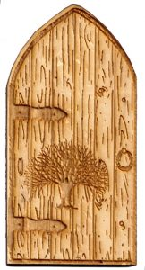 Fairy House Door with Elvish Tree – 110mm x 55mm solid pine with bonus metal key